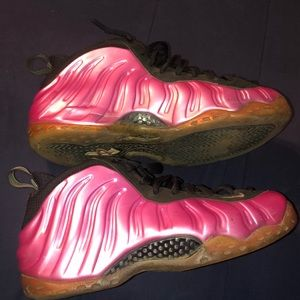 Men's 10.5 Pink Nike Foamposites